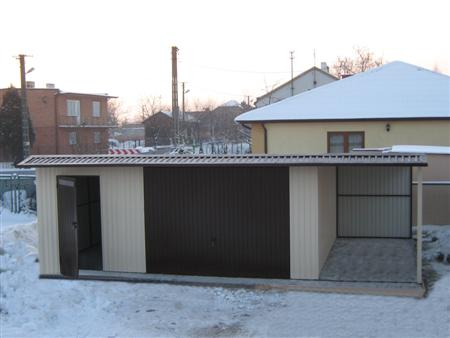 Garaż Premium z pomieszczeniem gospodarczym i wiatą boczną
